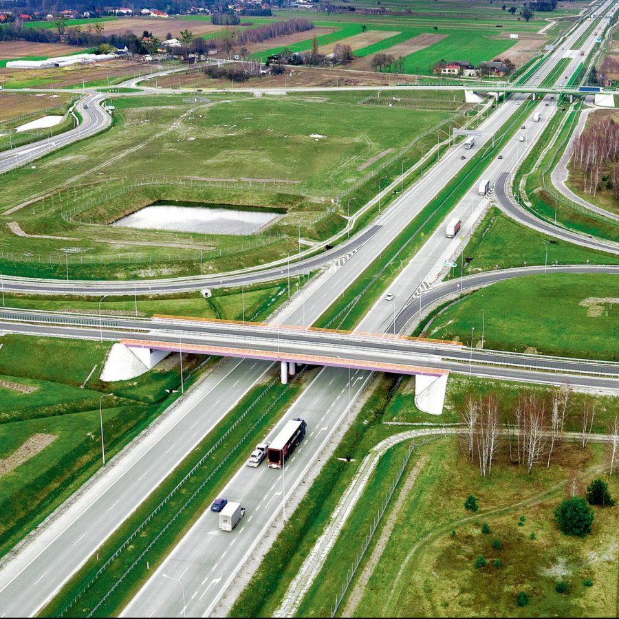 Obiekty inżynierskie na Autostradzie A1, Polska. Inwestor: Generalna Dyrekcja Dróg Krajowych i Autostrad.
