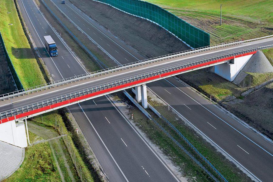 Obiekty inżynierskie na Autostradzie A1,Polska Inwestor: Generalna Dyrekcja Dróg Krajowych i Autostrad.